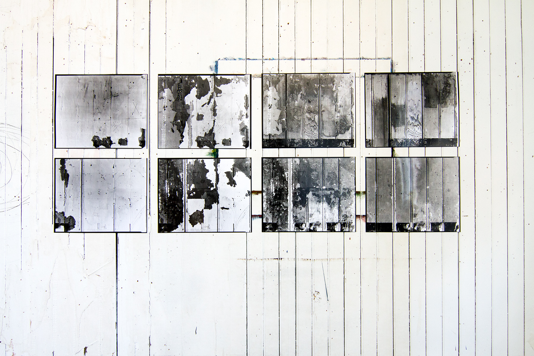 8 16x20 contact sheets of wall peel